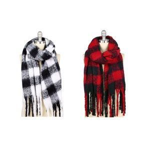 Buffalo Checked Fringed Scarf Set